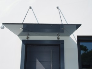 ENTRANCE AWNING WIYH CRYSTAL