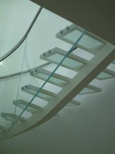 γυάλινη σκάλα