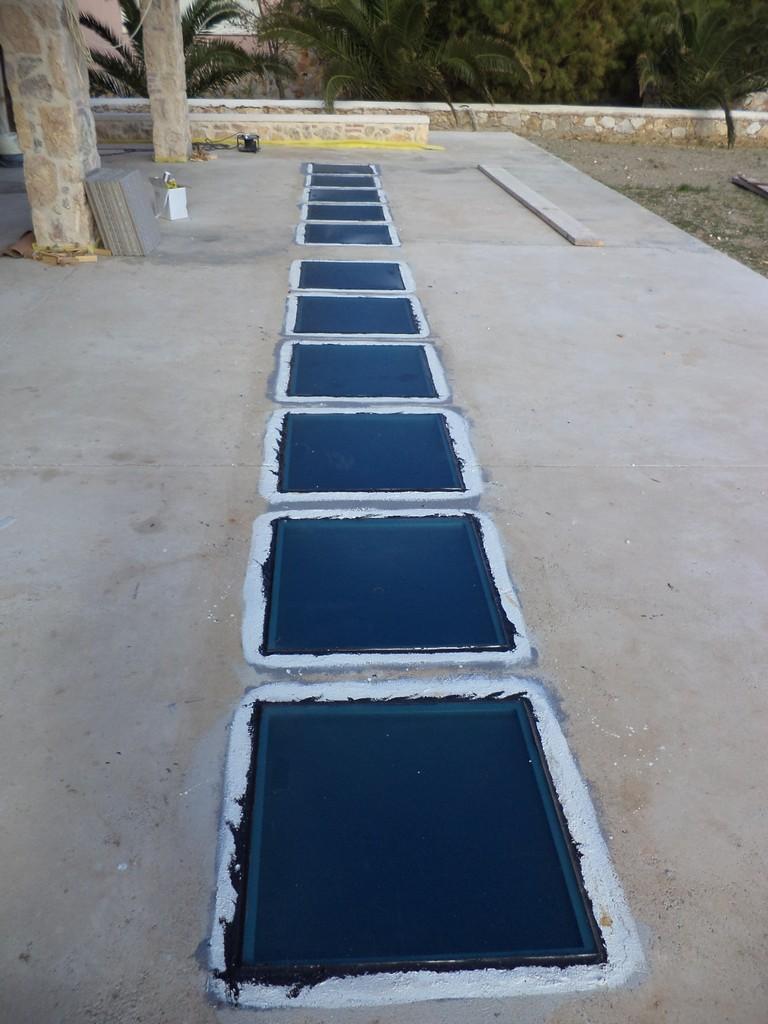 Γυαλινο πάτωμα Νο2