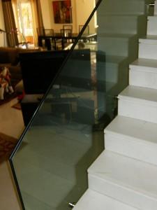 κρύσταλλο σε σκάλα