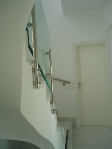 staircase crystal inox bars